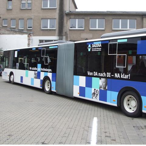 Dadina-Bus, linke Seite